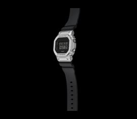 GM-5600-1ER Casio G-Shock Férfi karóra